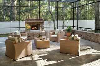 The Sunnyside - Outdoor Living