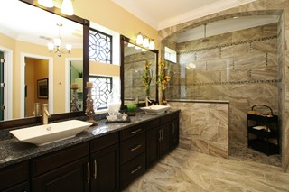 The Reef - Owner's Retreat Bathroom