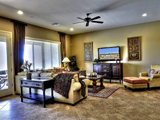The Ladera - Family Room