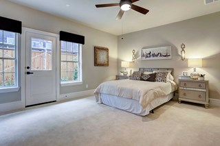 The Willow Ridge - Bedroom